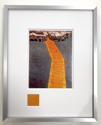 Christo | The Floating Piers - gerahmter Miniprint 3 mit Originalstoff