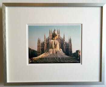 Christo | Wrapped Monument to Vittorio Emanuele - gerahmter Miniprint