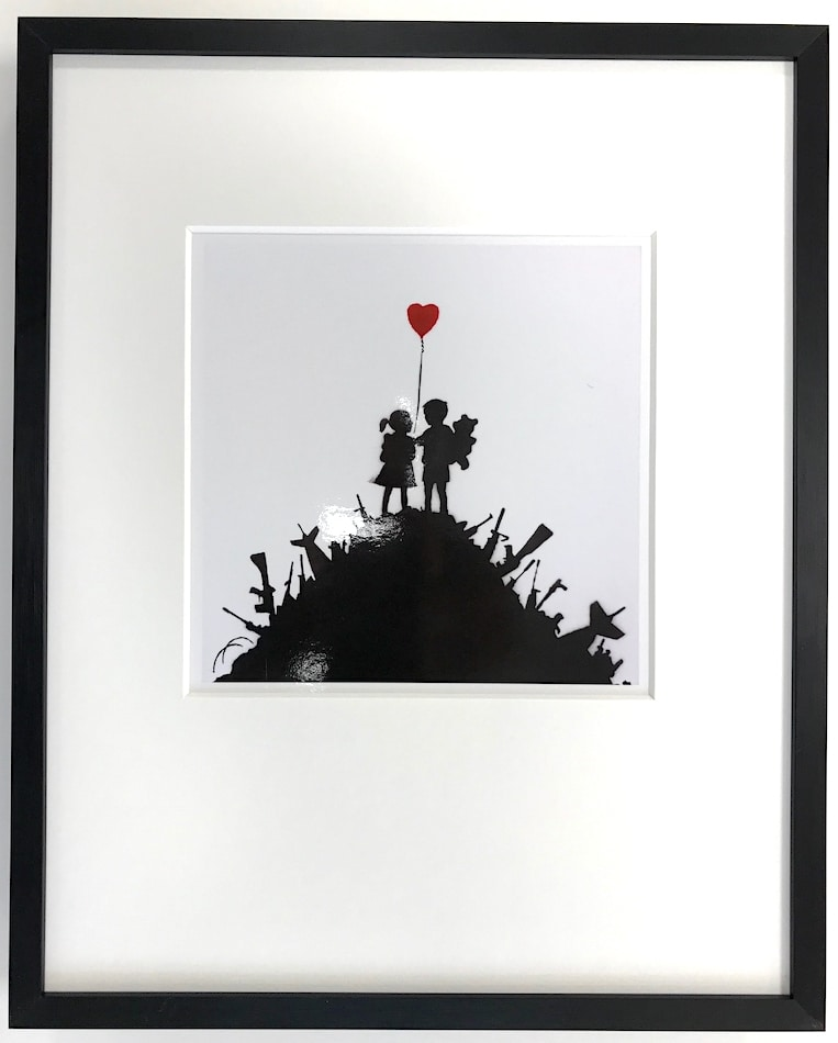 Banksy | Kids on guns - gerahmter Miniprint